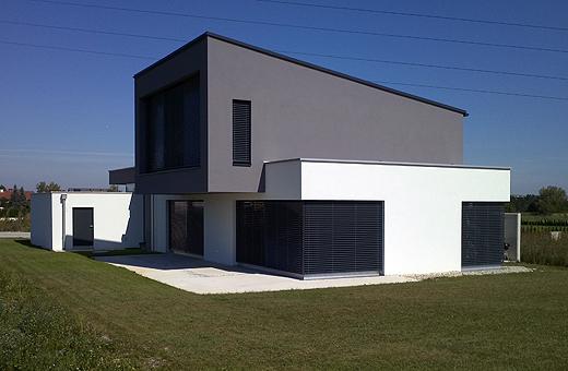 Fassadenfarbe grau modern  WhiteCube – ein modernes Architektenhaus in Wiener Neustadt ...