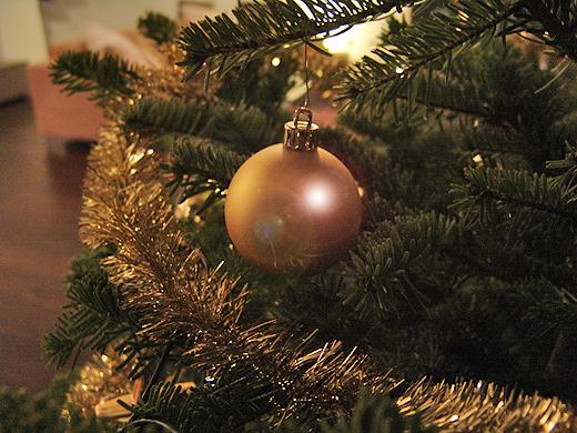Wir wünschen unseren treuen Blog-Lesern mit ein paar festlichen Bildern Frohe Weihnachten und eine Guten Rutsch ins Neue Jahr.