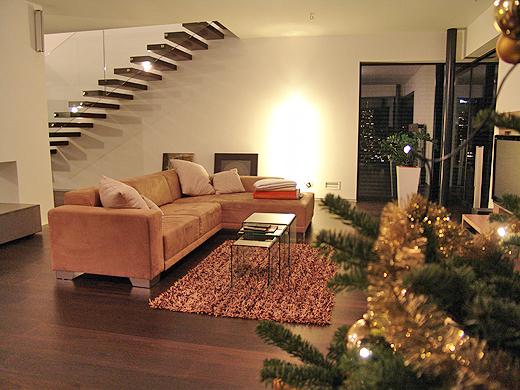 Den Christtag mit einem Gläschen Wein und etwas Weihnachtsbäckereien ausklingen lassen ...
