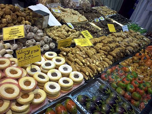 Neben lokalen Schmankerln gab es auch feines aus Italien - wie zum Beispiel dieser Stand mit Süßem.