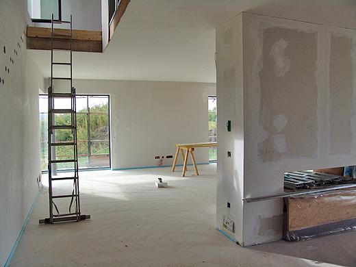 Am Wochenende werden wir die Baustelle innen mal richtig sauber machen. Dann kann der Kärcher Sauger mal zeigen was er kann.