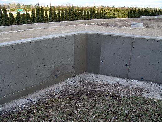 Sichtbeton Mauer Gartenzaun Stabgitterzaun